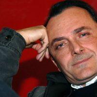 """Trovati i tweet segreti scritti dal Papa: """"Nessuno sa se c'è l'aldilà"""""""