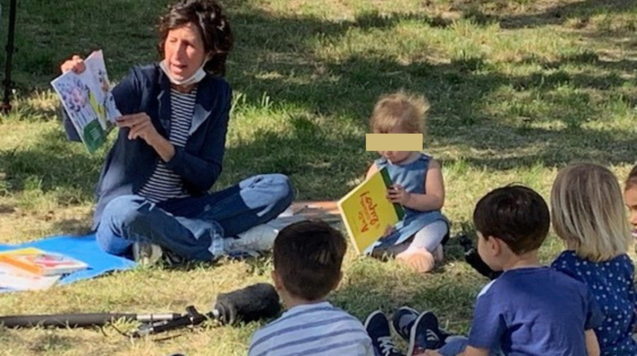 Viva la maestra di Prato che ha portato i suoi bambini al parco. E chi la critica è ottuso