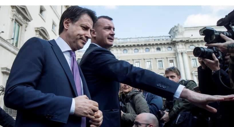 Caccia ai numeri: al governo serve Forza Italia per evitare l'agguato di Renzi