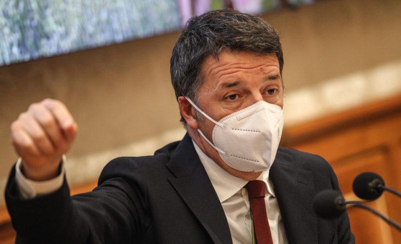 """Sette motivi per cui Renzi è il re dei """"voltagabbana"""""""