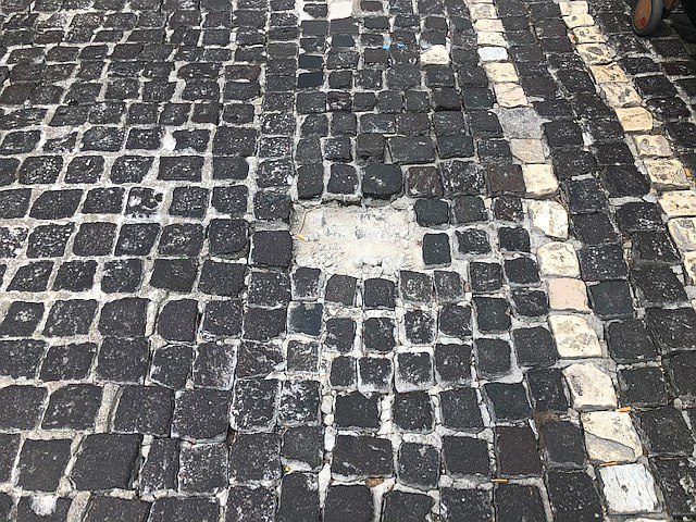Napoli, al Vomero le strade che sprofondano anche quando non piove