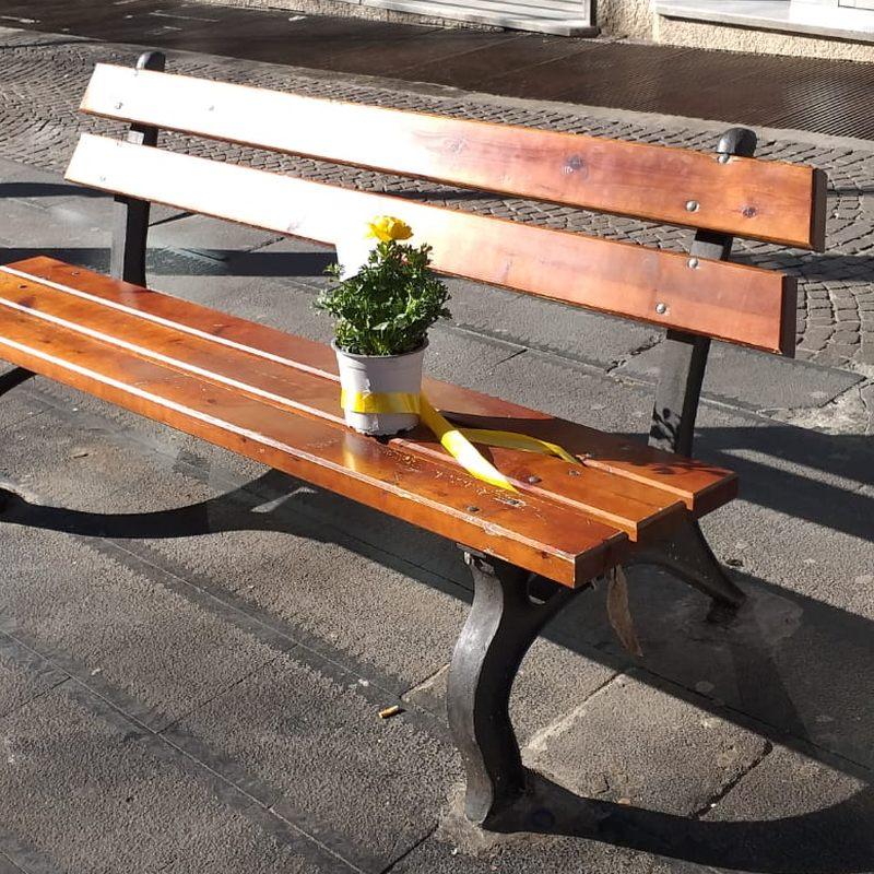 Napoli: Vomero in lutto per la morte di Tobia, l'uomo della panchina
