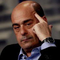 Zingaretti dice addio e sbatte la porta: la congiura dei renziani ora mette a rischio il Pd