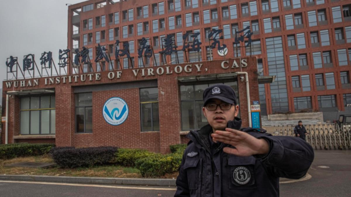 Come mai solo ora l'idea della fuga del virus dal laboratorio di Wuhan non è più roba per complottisti?