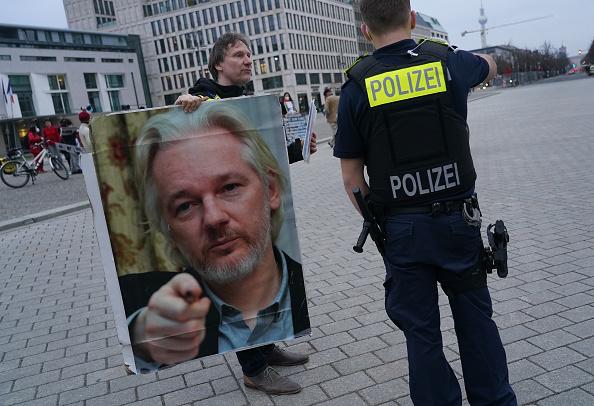 Julian Assange, al via il processo d'appello sull'estradizione